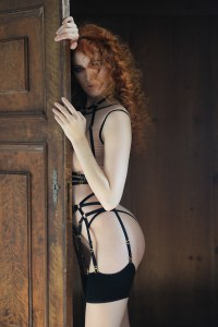 Flash You and Me, interview with erotic marketing agency Lascivious Marketing, model Heidi Romanova [credit: Flash you and Me]