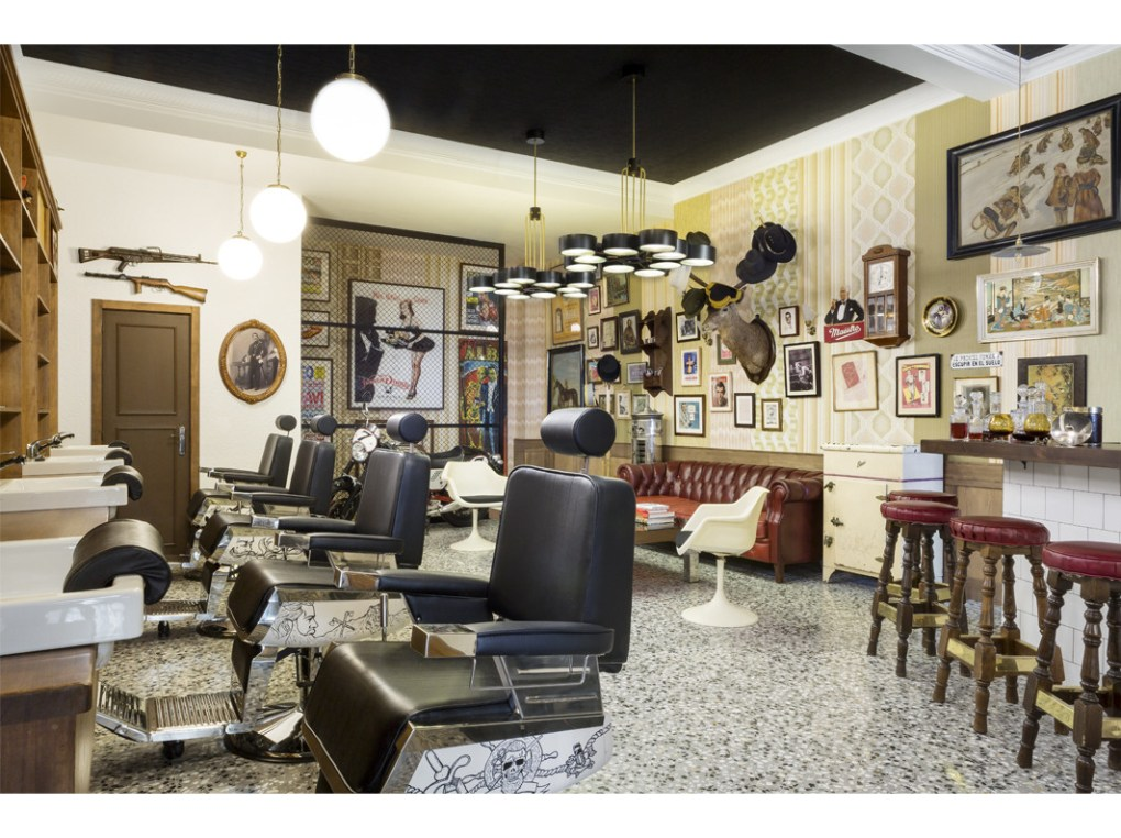 Compadre Barbers's Club