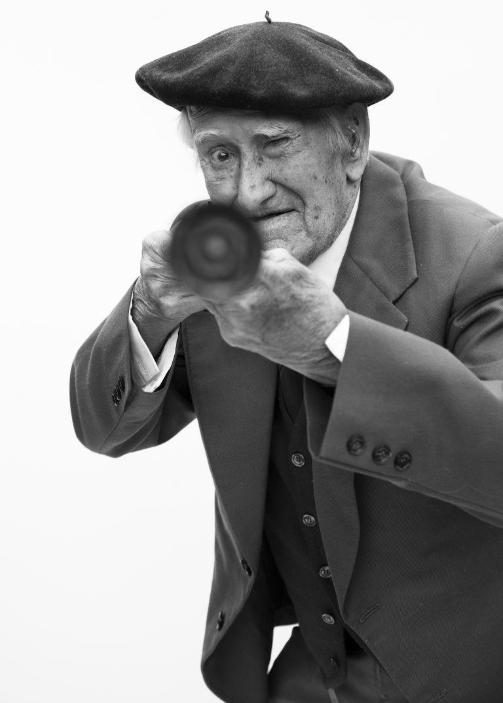 Baltasar-Delgado-combatiente-en-la-Guerre-Civil-Espanola.-Fotografia-de-Luis-Arenas.-Todos-los-derechos-reservados