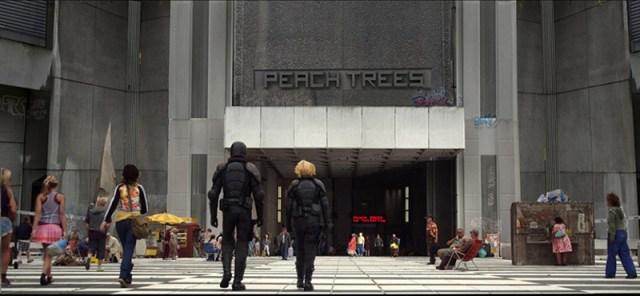 Dredd 2012 Edificio Peach Trees