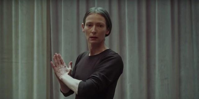 Tilda Swinton como Madame Blanc en Suspiria 2018