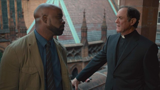 Mike Colter y Boris McGiver