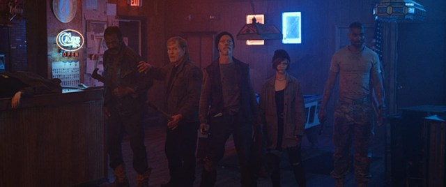 VFW, de Joe Begos. Fred Williamson, William Sadler, Stephen Lang, Sierra McCornick, Tom Williamson