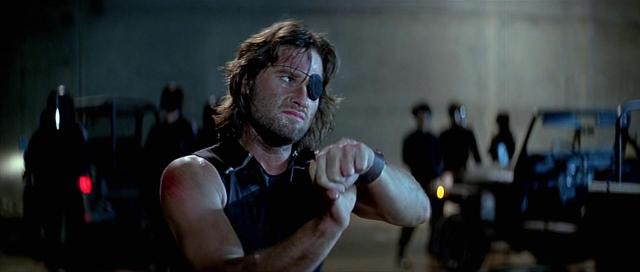 Kurt Russell como Snake Plissken