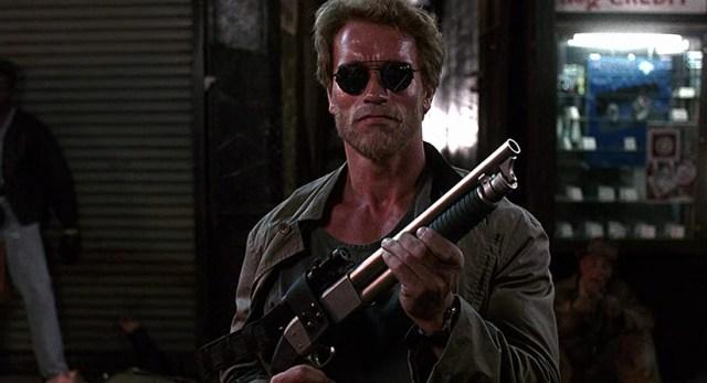Arnold Schwarzenegger en Poli de Guardaría