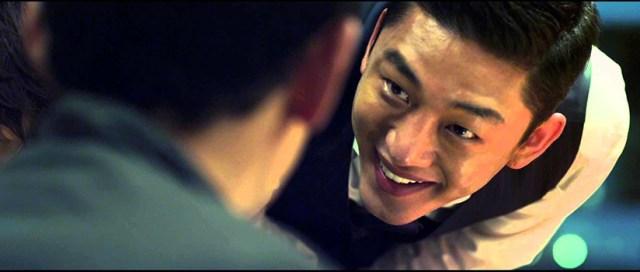 Yoo Ah-in en Por encima de la ley de Ryoo Seung-wan