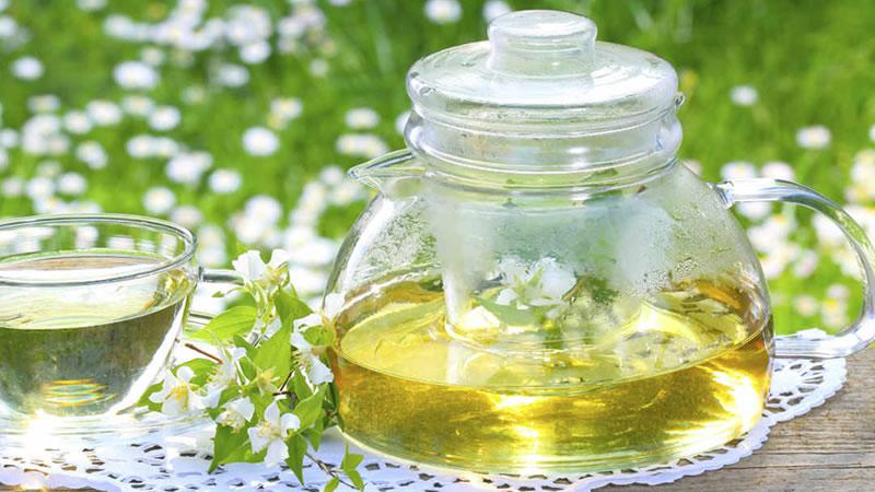 12 extraordinarios beneficios para la  salud del Té de Jazmín