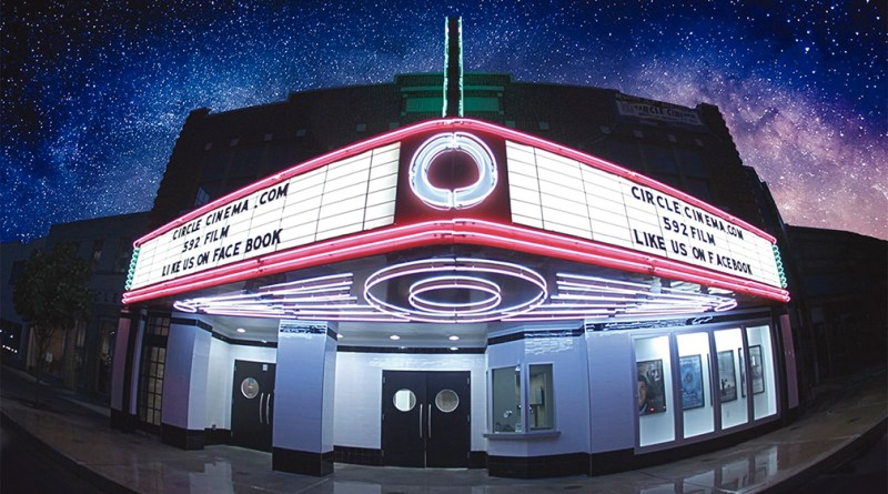 Circle Cinema: la joya de Kendall-Whittier / the jewel of Kendall-Whittier
