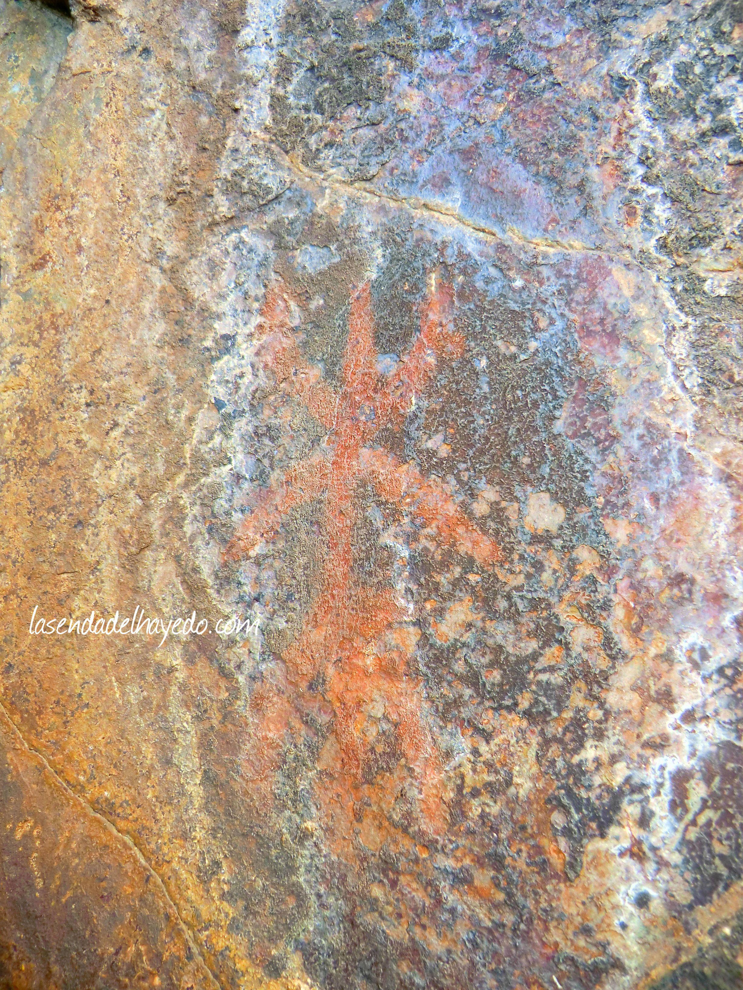 Figura humanoide llamativa de San Pedro Mallo