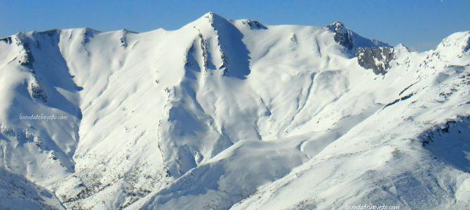 Ruta invernal en Cerulleda al Pico Espina