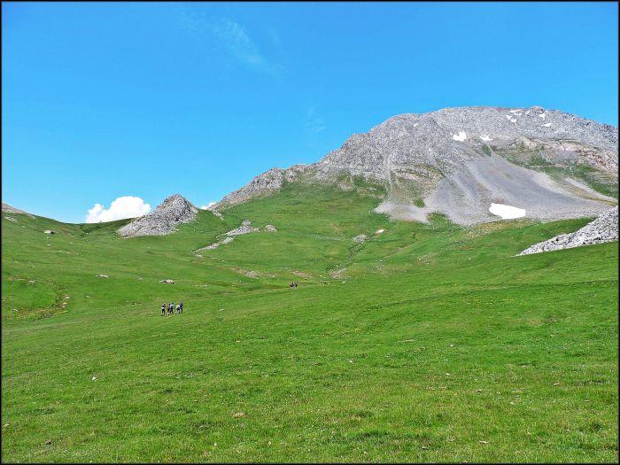 Riotuerto, a un paso de las calizas de Ubiña la Grande (Pinubina)