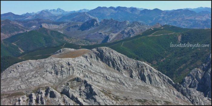 Las Vegas y la cumbre sur desde la sierra de Peña Valdorria
