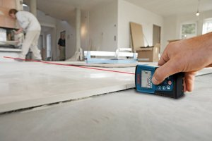 Bosch DLR130K Laser Measure Review Laying Tile