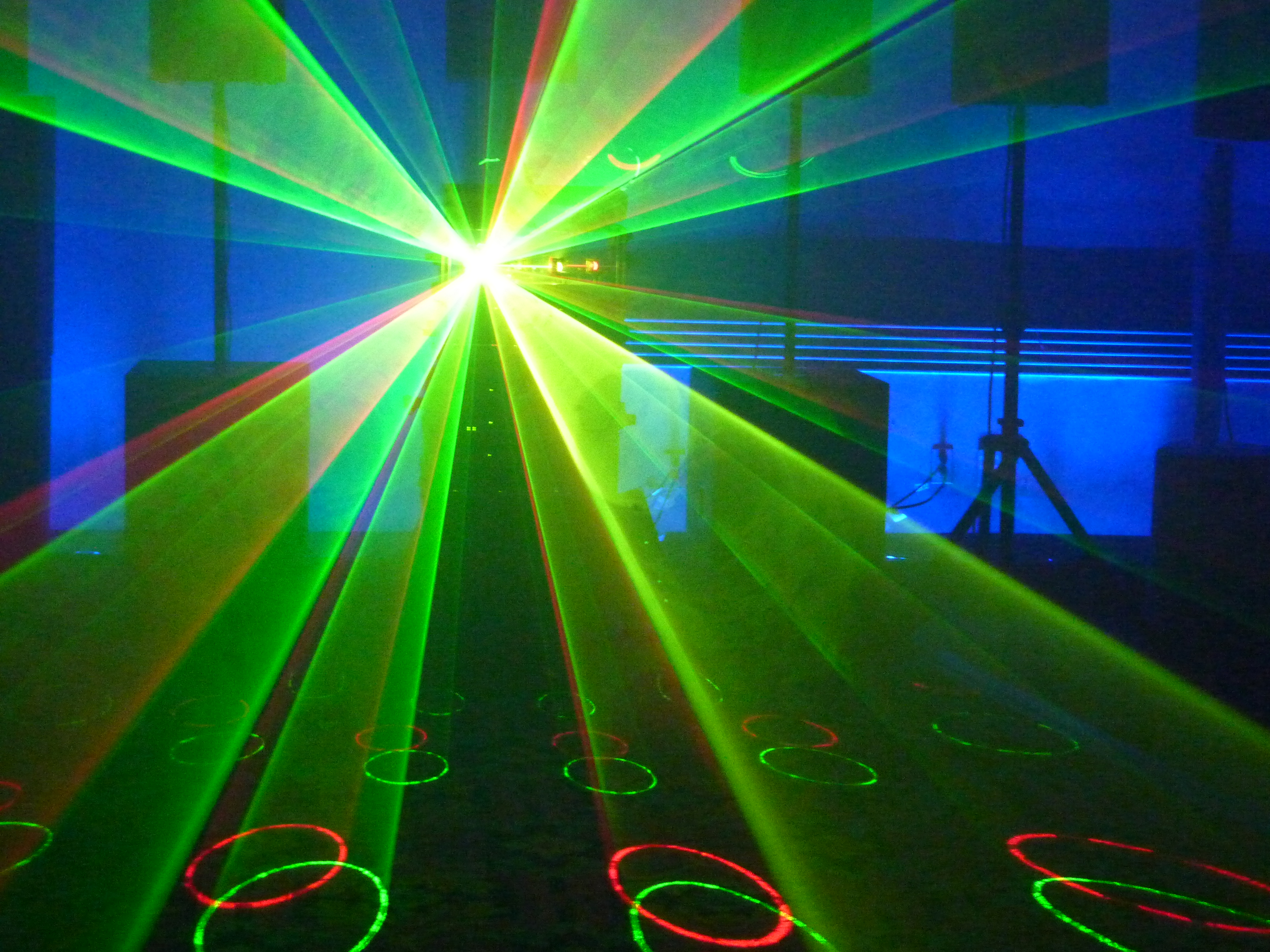 Animated Dj Wallpaper New Three Dimensional Laser Light Show Projectors Are Here
