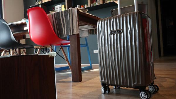 行李箱推薦 德國品牌NaSaDen行李箱新無憂系列,防刮撞色版29吋拉鏈箱一次擁有雙色完美行李箱 - 拉傻去哪兒 Lasha