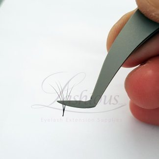 Volume Tweezers by Lashious
