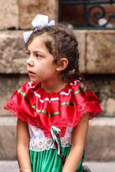 Niña, bandera mexicana, Grito de Dolores, León, Guanajuato, México, Independencia mexicana