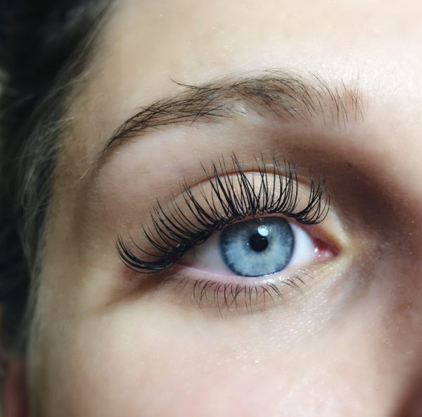 Eyelash Extensions Toronto Training Supplies