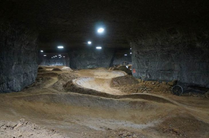 Louisville-Mega-Cavern-bike-park-1