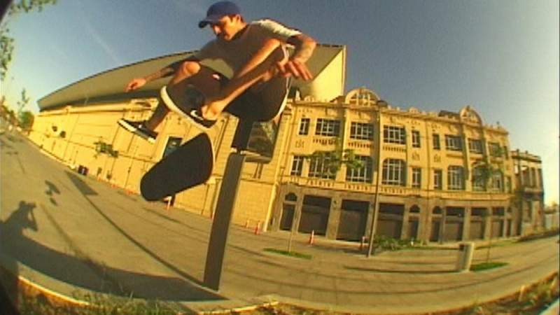Luan Oliveira Thrasher Mag new video
