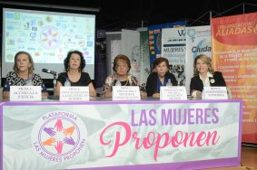 Las Mujeres Proponen
