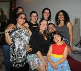 Parte de nuestro colectivo junto a la escritora Mary-Ely Marrero y el poeta Lionel A. Santiago Vega