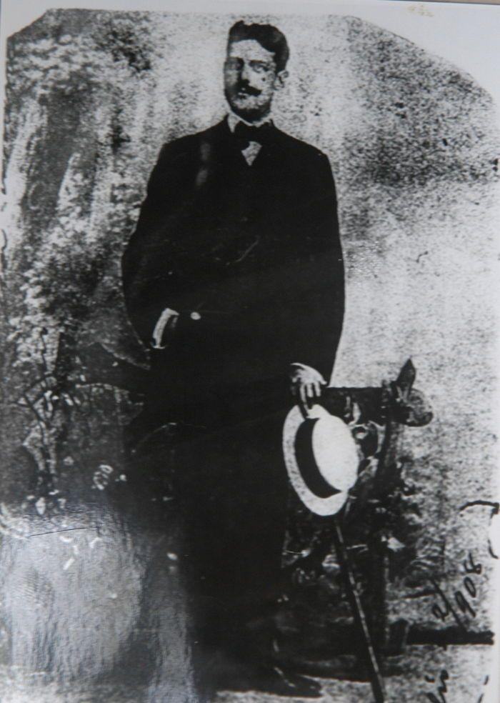 José Vicente jamás dejó de visitar la tumba de su amada