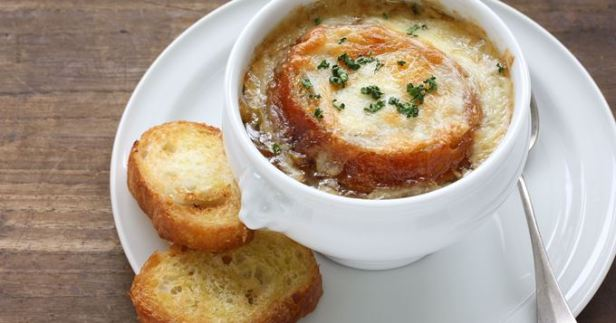i102696-soupe-a-l-oignon-gratinee