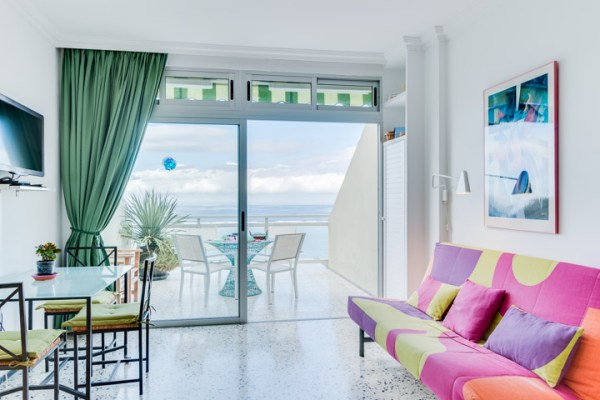 Beachfront studio apartment for sale in Las Palmas de Gran Canaria