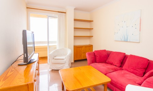 For Sale: Beachfront apartment in Las Palmas de Gran Canaria with two bedrooms and balcony