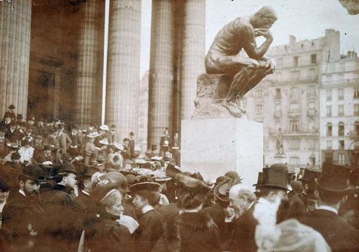 Inauguración de El pensador frente al Panteón de París, 1906.