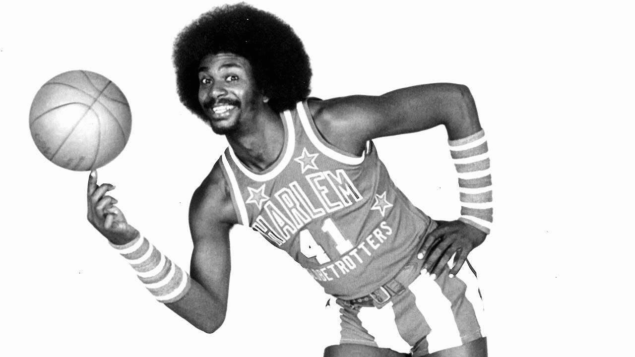NBA wasn't ready for Minden's Lou Dunbar, but the world loved him