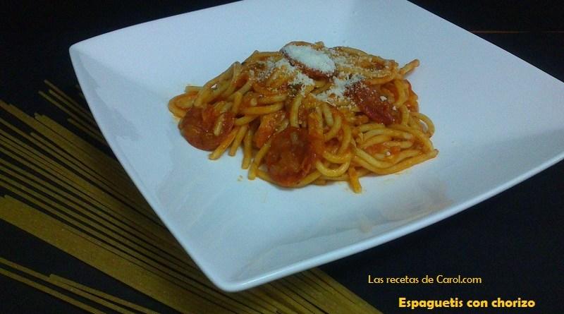 Espaguetis o macarrones con chorizo