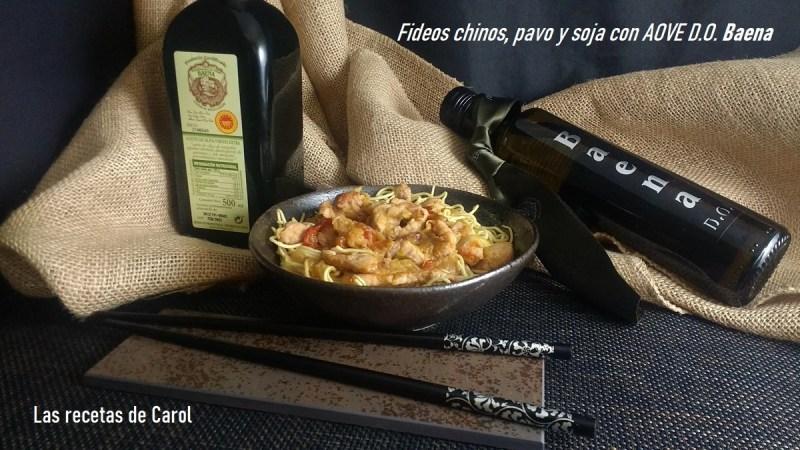 Fideos chinos con pavo y soja