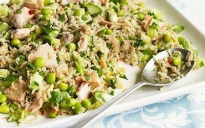 Recetas – Salmón Zingy y ensalada de arroz integral