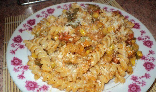 Recetas - Espirales en salsa jardinera
