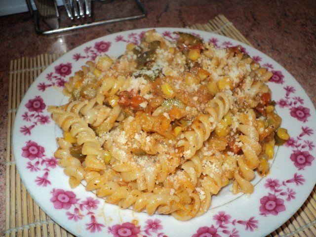 Recetas – Espirales en salsa jardinera