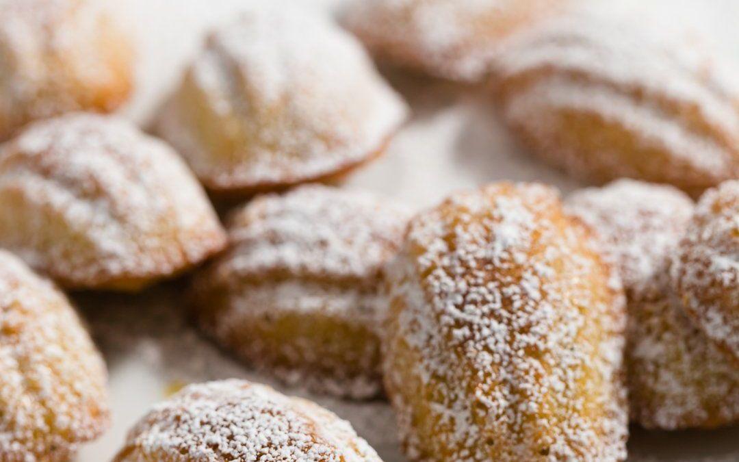 Cómo hacer galletas clásicas de madeleine francesa