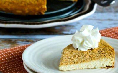 Pastel de queso en capas con bajo contenido de azúcar o sin azúcar (video)