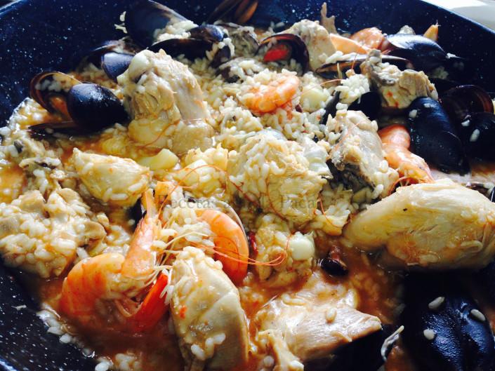 Arroz de mariscos y pollo ofrecido por Rafaela0 (0)