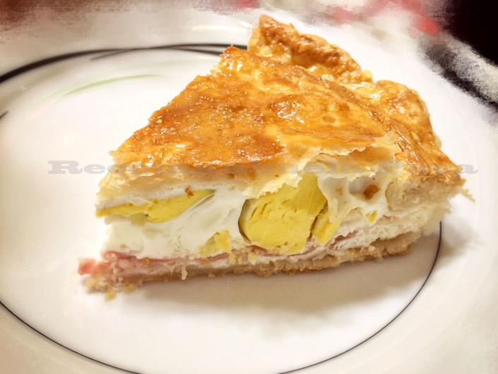 Pastel de bacon y huevo
