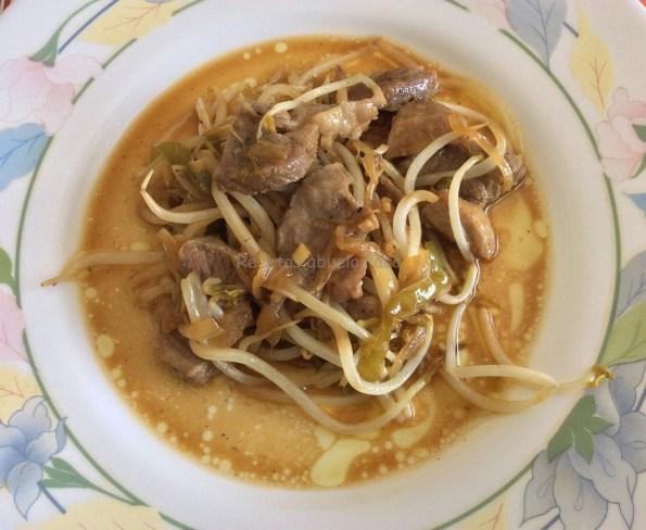lomo con brotes de soja 2