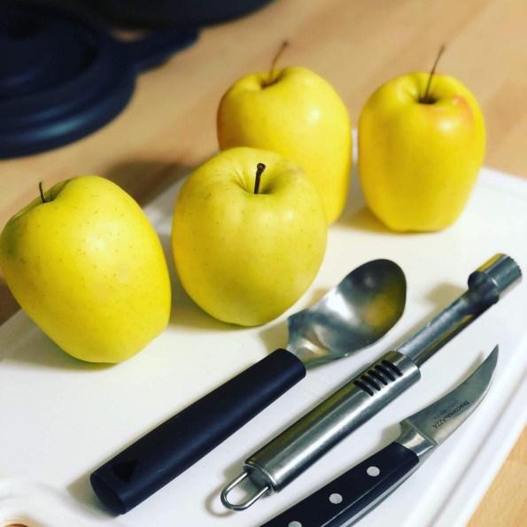 Manzanas rellenas de morcilla de Burgos con TM6