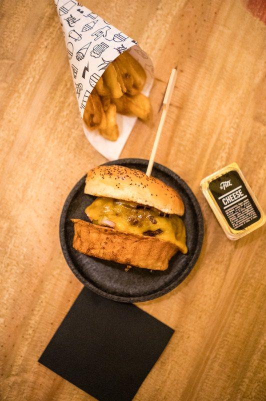 "Las hamburguesas de The Fitzgerald, una ""fiesta"" gastronómica en Madrid 4"