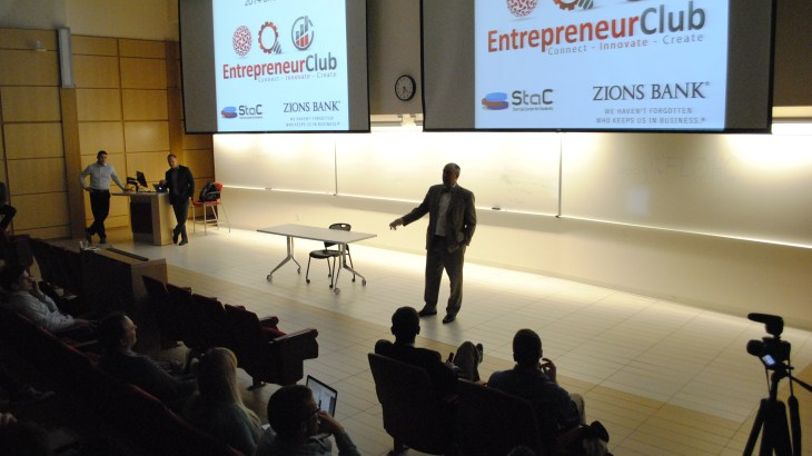 A student pitches a business idea at the monthly Entrepreneur Club pitch events.