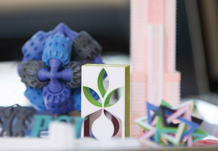 """U student startup """"Elevate Designs"""" combines art with 3D printing."""