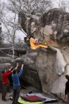 Fontainebleau boulder cul de chien Font Bleau
