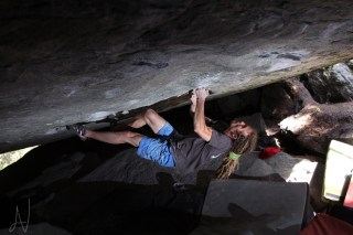 Magic Wood Right Hand of Darkness 8a boulder