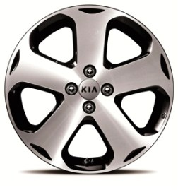 Beautiful sporty Alloy wheels on the Kia Rio.