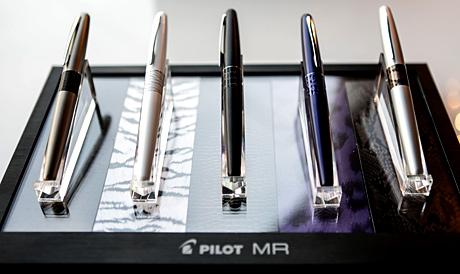 Pilot-Pen-Golden-Globes